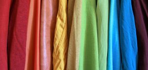 Washing methods for various garment fabrics